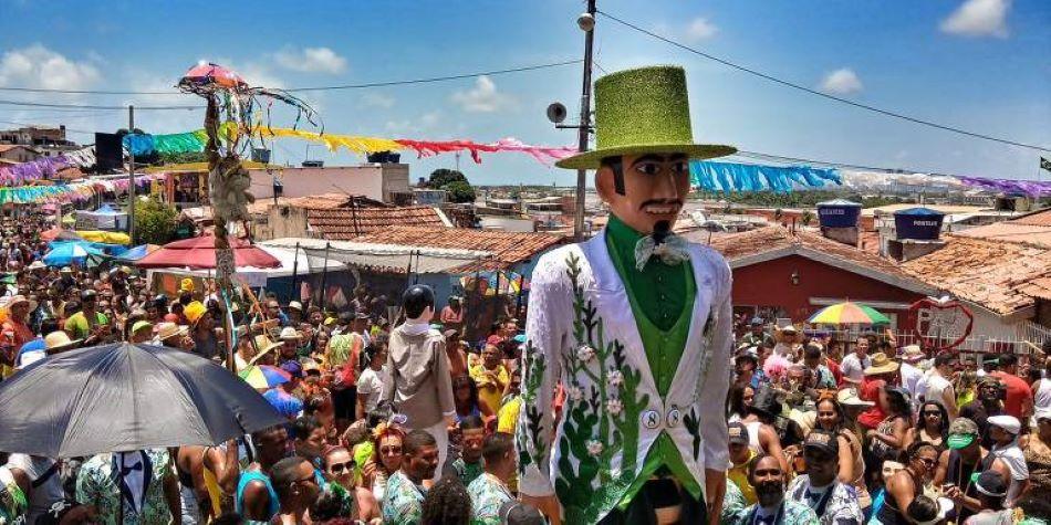 Com trilha sonora autoral, microblocos de Salvador crescem 1