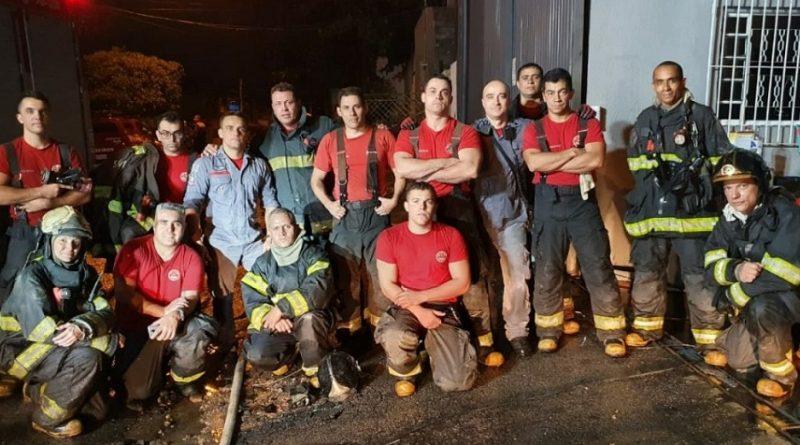corpo de bombeiros de SP comemora 140 anos de atividades