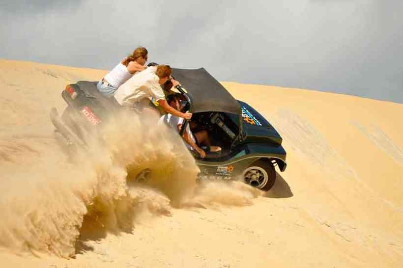 genipabu (RN) proporciona dunas e aventuras nas areias