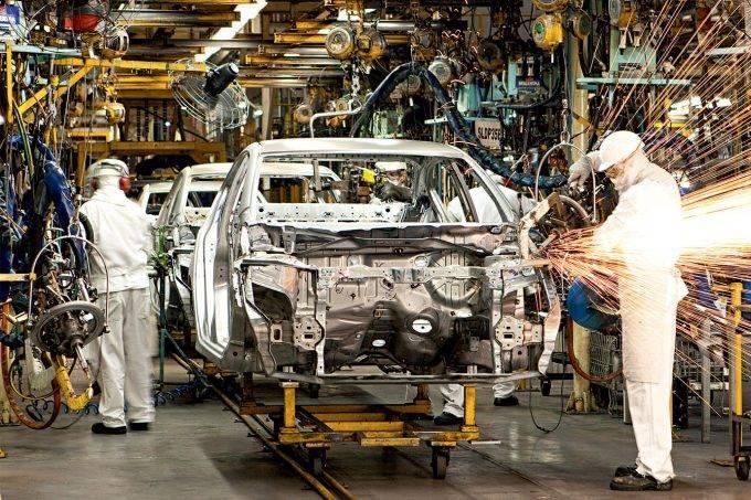 sp sofre queda recorde em produção industrial no mês de abril