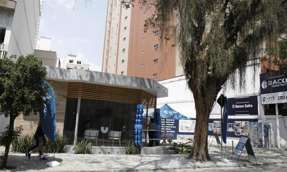 niterói registra maior procura por imóveis com quintal ou mais quartos