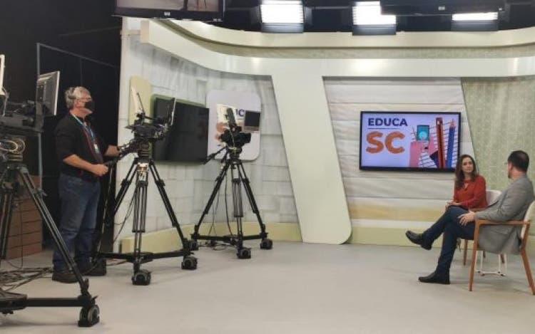 aulas-pela-tv-aberta-em-sc-estudantes-da-rede-estadual-terão-oportunidade